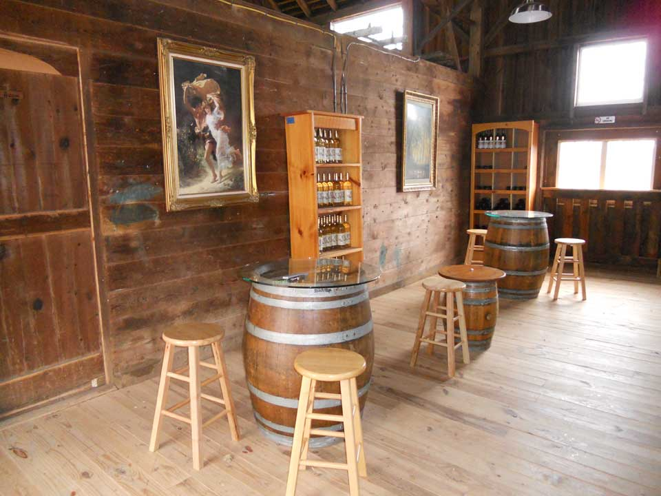 The Tasting Room at Walker Road Vineyards